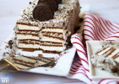 Worlds Easiest Oreo Ice Cream Cake