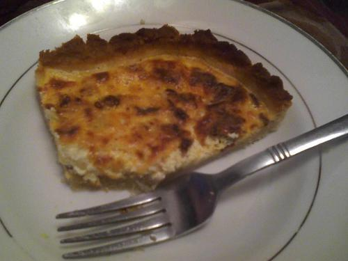 Easy Bacon Onion Quiche