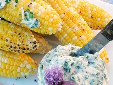 Easy Grilled Sweet Corn with Herb Blossom B…