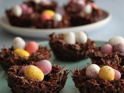 Quick and Easy Delicious Chocolate Easter S…