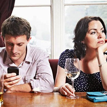 Why Your Smartphone Might Be Alienating The One You Love